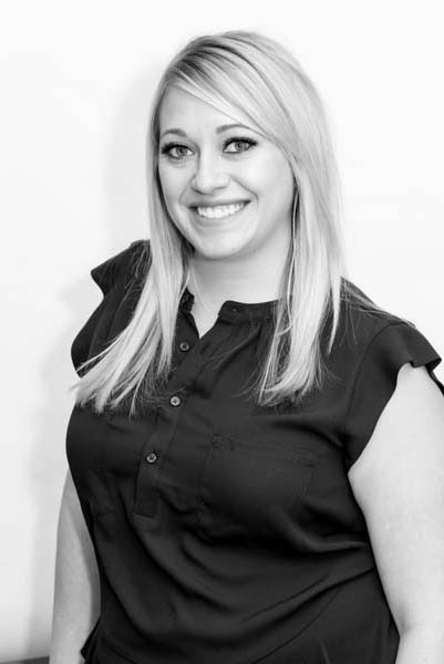 Holly Sheppard Aesthetician | Dr. Shaun Parson Plastic Surgery and Skin Center, Scottsdale, Arizona