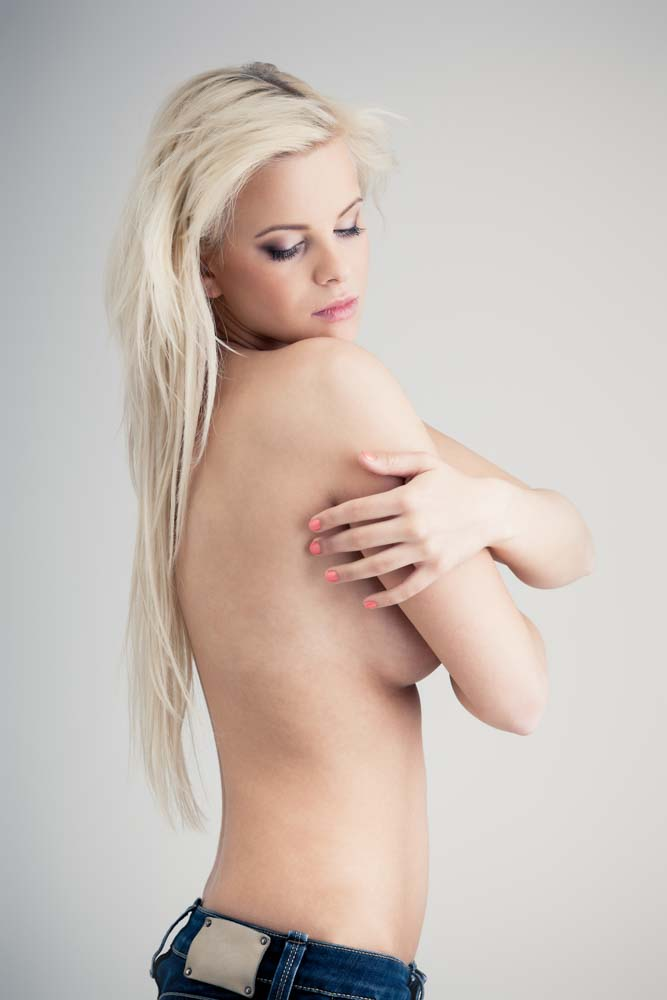 Textured vs. Smooth Breast Implants | Dr. Shaun Parson, Scottsdale